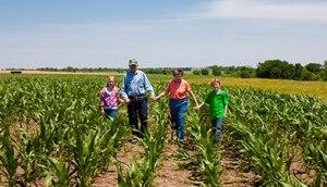 farm-family